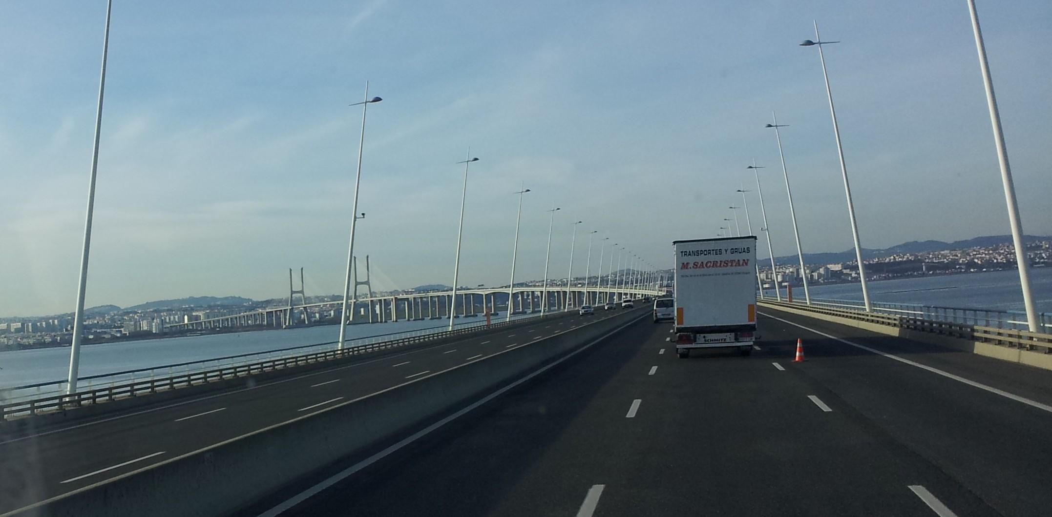 internacional, puente vasco de gama, portugal